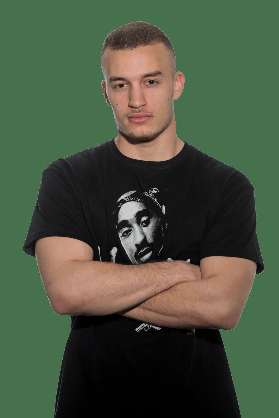 DJ-Fido-Stade-Person-verschraenkte-Arme